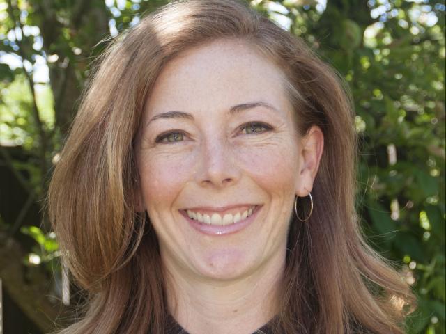 Stephanie Hampton